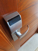 Electronic lock on door — 图库照片