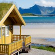 Foto de Stock  : Summer cottage on Lofoten