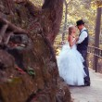European bride and groom — Stock Photo