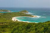 Tropical Deserted Beach in Half Moon Bay Antigua — Stock Photo