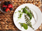 Berrys and herbs — Stock Photo