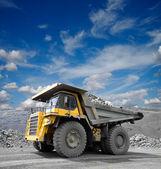 矿用卡车 — 图库照片