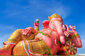 Pink ganesha statue in relaxing action, Thailand. — Stockfoto