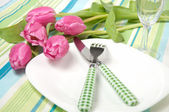 Setting the table on holiday with flowers — Stock Photo