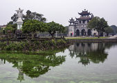 Vietnam Phat Diem Cathedral - March 13, 2012: Holy Hearth statue. — Stock Photo