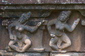 Detail of bas relief on Chien Dam Cham towers: dancing girls. — Stock Photo