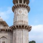 Marble minaret of Agra's Baby Taj mausoleum in India. — Stock Photo