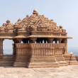 Sas-Bahu, the smaller of two medieval Hindu temples on rock in India's Gwalior. — Stock Photo