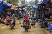 Bac Ha Sunday market during winter caters to Hmong people. — Stock Photo