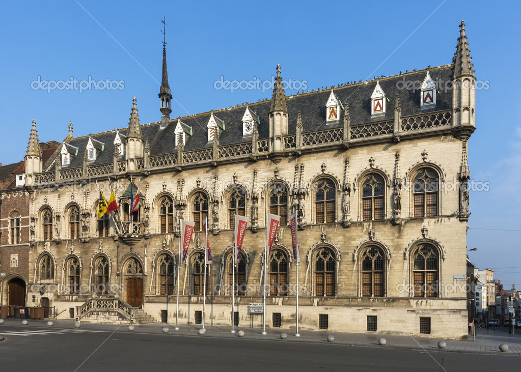 Ratusz miasta kortrijk belgia zdj cie stockowe for Courtrai belgium