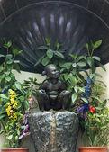 Jeanneke Pis statue in Brussels. — Stock Photo