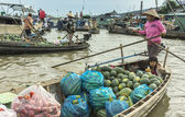 Floating market on the Hau River. — Stock Photo