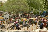 Busy street Main Bazar, Paharganj, in Delhi, India. — Stock Photo