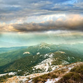 Carpathian Mountains and cloudy sky — Stock Photo