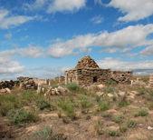 Ruins cemetery in the desert Ustyurt — Stock Photo