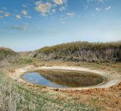 Salt lake in the desert steppe — Stock Photo