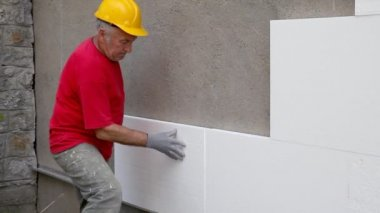 Styrofoam, polystyrene insulation of wall — Stock Video