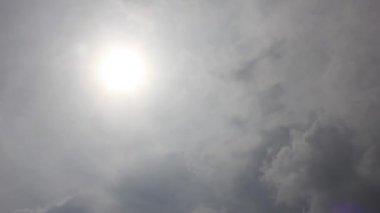 Rain clouds and sun — Video Stock