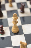 Chessboard with chess pieces — Stockfoto