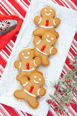 Plate of Gingerbread Men — Stock Photo