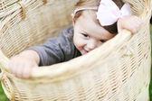 Roztomilá holčička zblízka portrétní — Stock fotografie