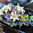 Beautiful bouquet. Wedding flowers decoration on a car — Stock Photo