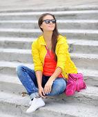 Stilish young girl portrait outdoor — Stock Photo