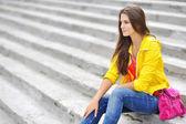 Foto de garota bonita é no estilo da moda — Foto Stock