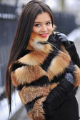 Young woman in winter - outdoor portrait — Stock Photo