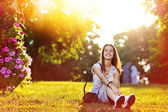 Beautiful happy smiling girl at the sunset  — 图库照片