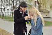 Teenage couple smoking — Stock Photo