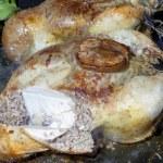 Crispy roasted stuffed chicken — Stock Photo #26360055