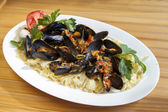 Pasta with Mediterranean mussels — Stock Photo