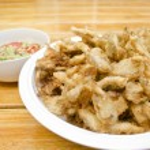 Fried Sajor-caju Mushroom with spicy sauce , Thai style food — Stock Photo