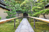 Approach road to the temple, Koto-in a sub-temple of Daitoku-ji — Stock Photo