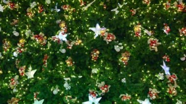 Christmas-tree decorations on star-shaped — Vídeo Stock