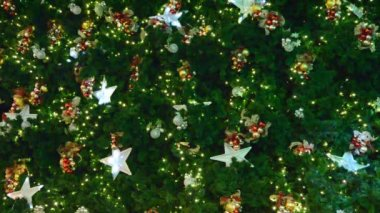 Christmas-tree decorations on star-shaped — ストックビデオ