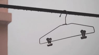 Coat hanger on wet bar. — Wideo stockowe