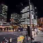 TOKYO - NOV 21: People visit Akihabara shopping area — Stock Photo #38051849