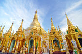 Shwedagon Pagoda Temple in Yangon, Myanmar.  — Stock Photo