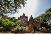 BAGAN, MYANMAR - October 9: Htilominlo Temple entrance with tourist waiting to enter the temple — Stock Photo
