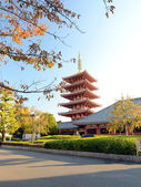 Ornate five-storey pagoda at Sensoji Temple in Tokyo, Japan.  — Stock Photo