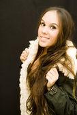美しいブルネットの少女 — ストック写真