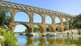 Roman aqueduct Pont du Gard, Unesco site.Languedoc, France. — Stock Photo