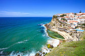 Azenhas do Mar white village, cliff and ocean, Sintra, Portugal. — Stock Photo