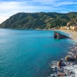 Monterosso beach and sea bay. Five lands, 5 terre, Ligury Italy — Stock Photo