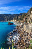 Monterosso-strand und meer-bucht. cinqueterre, ligurien italien — Stockfoto