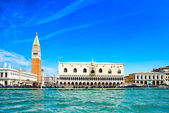 Venice landmark, Piazza San Marco with Campanile and Doge Palace. Italy — Stock Photo