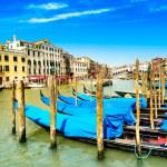 μεγάλο κανάλι της Βενετίας, γόνδολες ή το τελεφερίκ και το Ριάλτο. Ιταλία — Φωτογραφία Αρχείου