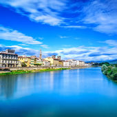 Florence or Firenze Arno river landscape. Tuscany, Italy. — Stock Photo